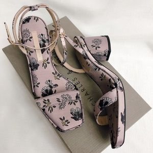 Charlse & Keith Sandals Size 6